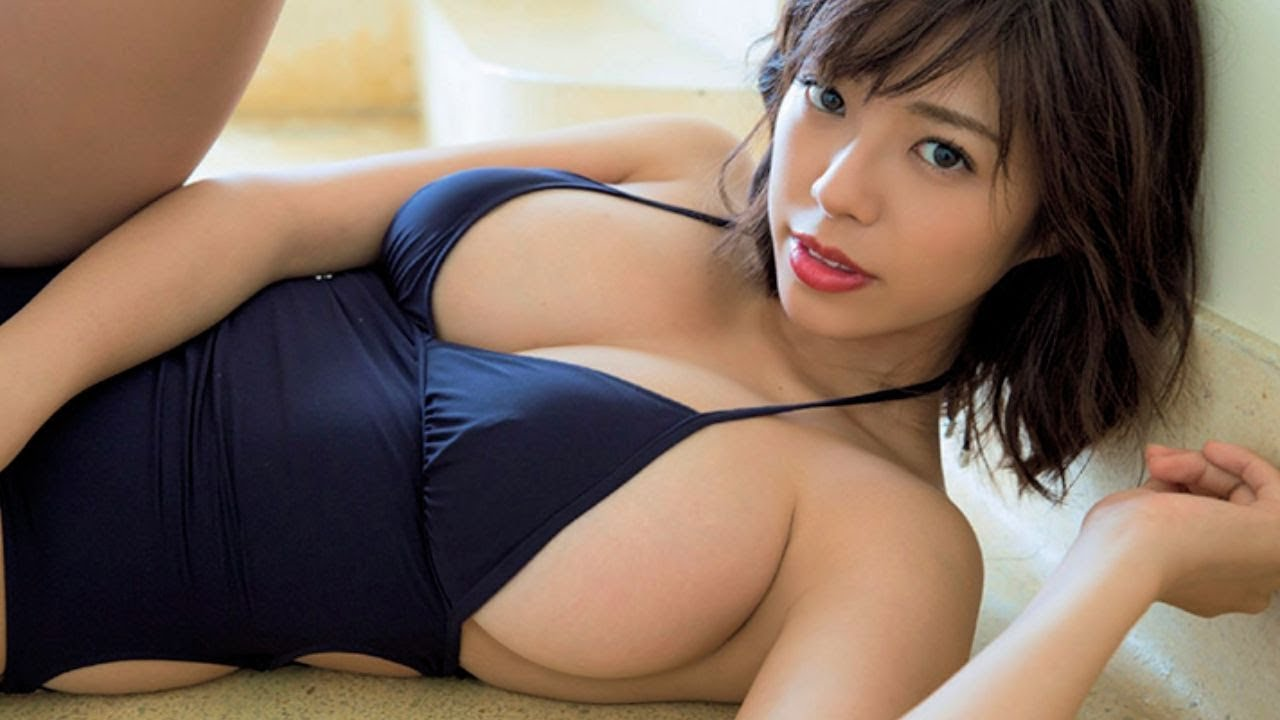 Asian Cam Girl With Big Bobs